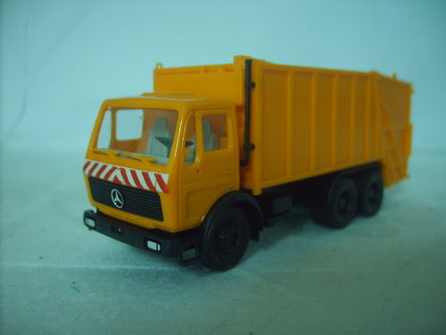 Herpa 806047 MB Mercedes Benz NG Press Müllwagen kommunal orange