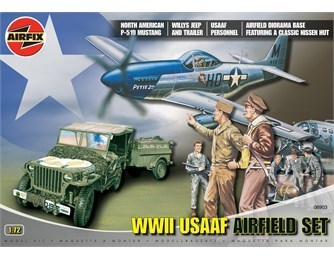 Airfix 06903 WWII USAAF Airfield Set Dioramaset mit P-51D Mustang im Maßstab 1:72 in OVP