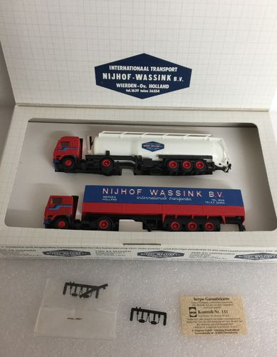 Herpa Set Internationaal Transport NILHOF - WASSINK B.V Volvo F12 Silo und Planensattelzug 1:87